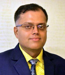 Dr Rakesh Agarwal